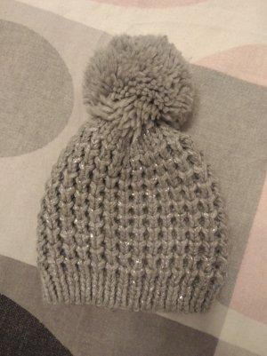 Chapeau pointu argenté