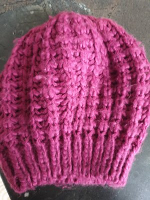 NoName Knitted Hat purple