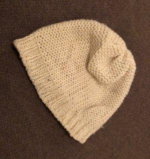 Cappello a maglia bianco sporco