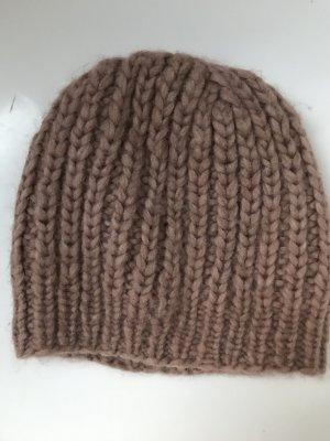 Chapeau en tricot vieux rose laine alpaga