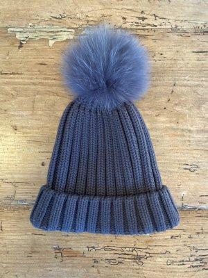 Sombrero de piel gris-gris oscuro
