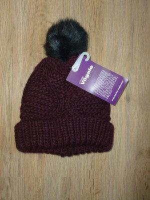 Charles Vögele Knitted Hat bordeaux
