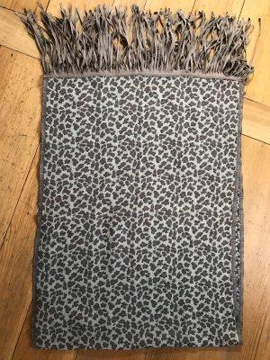 Wollschal Leopardenmuster