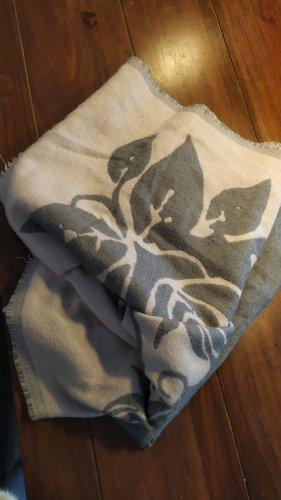 Vero Moda Bufanda de lana gris-malva