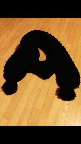 Wełniany szalik czarny