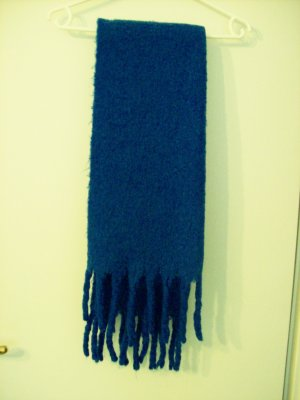 New Yorker Bufanda de flecos azul