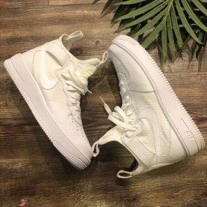 Women's Nike Air Force 1 Ultraforce Mid in Summit White
