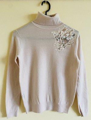 Wool Cashmere Blend Sweater mit Strickerei Details
