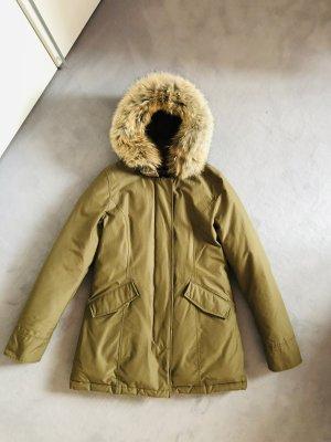 Woolrich Abrigo de plumón verde oliva-caqui