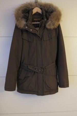 Woolrich Chaqueta de plumón marrón oscuro-marrón