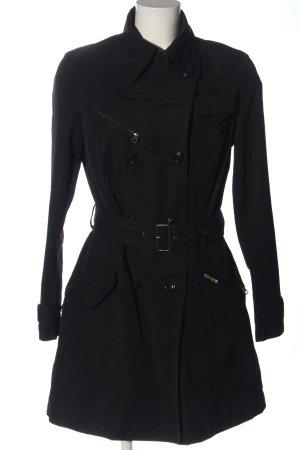 Woolrich Trenca negro look casual
