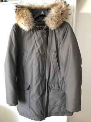 Woolrich Winterjacke Größe L in grau