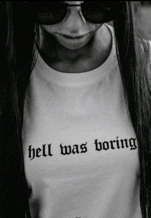 Worst behavior T-shirt mit hell was boring