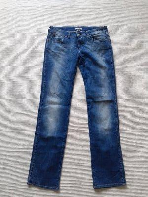 wrangler jeans neu blau waschung gr.s 36/ m 38 model mae
