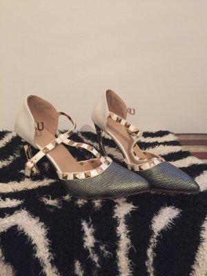Wunderschön schimmernde Sandaletten