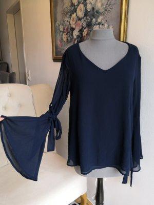 wunderschöne blaue Bluse von Christina Gavioli
