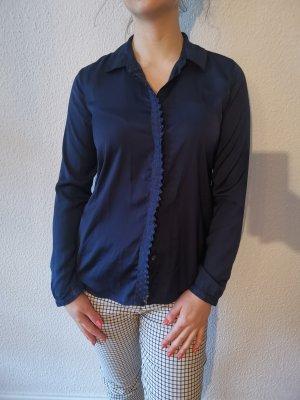 Wunderschöne Bluse mit eleganten Details