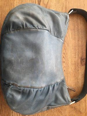wunderschöne Coccinelli Handtasche in Taubenblau Größe M
