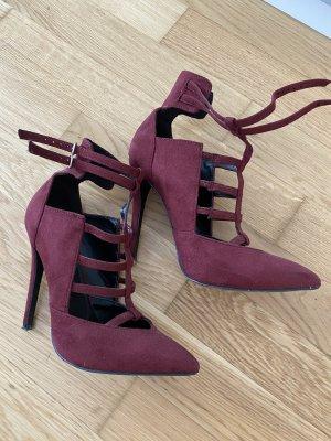 Wunderschöne high heels in weinrot