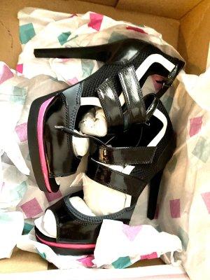 Wunderschöne high heels!! Neu mit Etikett !