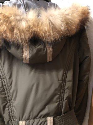 Wunderschöne Jacke mit Fuchspelzkragen von Nickelson in Gr. S