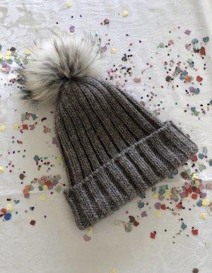 Futrzana czapka szaro-brązowy Wełna