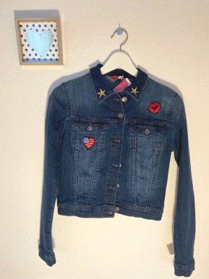 Wunderschöne, neue Jeansjacke von GUESS