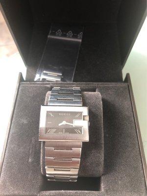 Gucci Orologio con cinturino di metallo argento