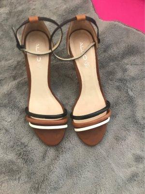 Wunderschöne Sandalen