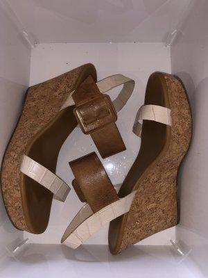Wunderschöne Sandalen der Marke Via UNO