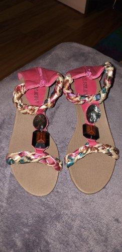 Wunderschöne Sandalen in Fuchsia zu verkaufen!