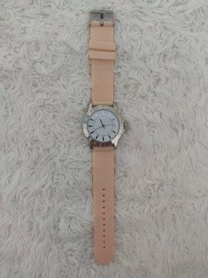 Wunderschöne Uhr in rosa mit silbernen Details