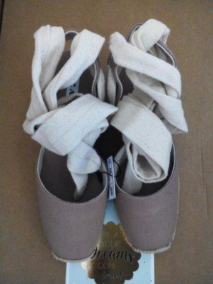 wunderschöne Zara Plateau-Spadrilles mit Schnürbänder aus weichem Stoff, Größe 36 neu