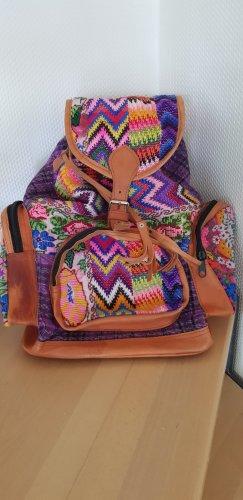 Wunderschöner, farbenfroher Rucksack