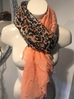 Wunderschöner Leo-Schal mit Farbverlauf und silbernen Ziersteinchen