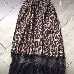 Wunderschöner Leoparden Rock
