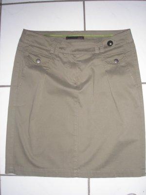 Cinque Tulip Skirt olive green cotton