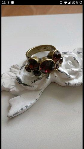 Wunderschöner romantischer,edler Ring von Pilgrim, Weinrot, Gold, neuwertig
