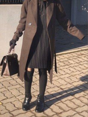 Wunderschöner schicker Mantel