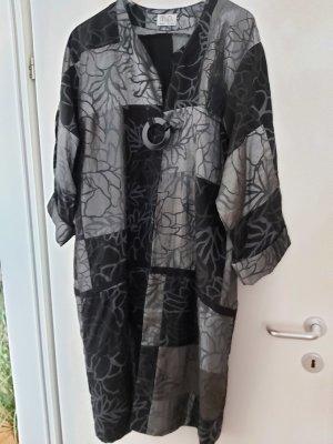 V Designs Abrigo ancho gris