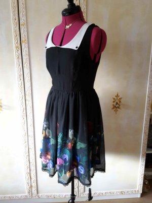 Wunderschönes Alice im Wunderland Kleid
