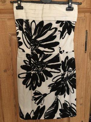 Wunderschönes, ausgefallenes Kleid, weiß/schwarz, Gr. 36 (42 in italienisch!)