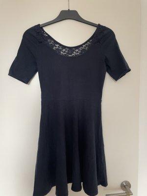 Abercrombie & Fitch Vestido de encaje azul oscuro