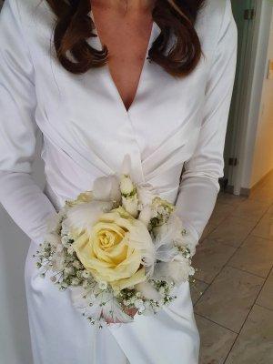 Wunderschönes Brautkleid aus Satin