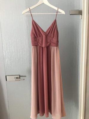 Wunderschönes Chiffon Kleid in Rose