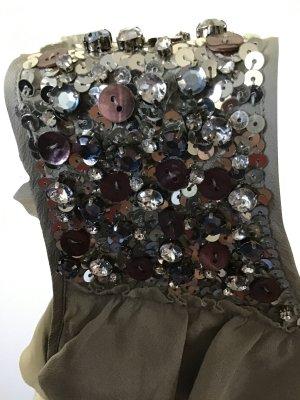 Wunderschönes Cocktail Kleid mit üppigen Volants und silbernen Pailletten
