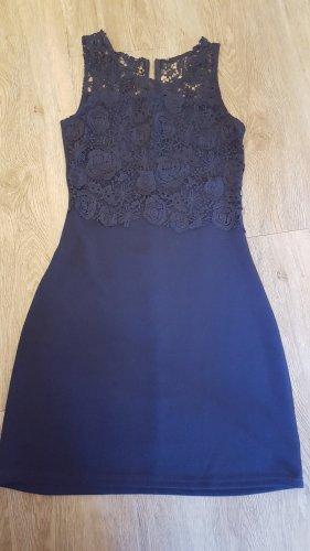 wunderschönes dunkelblaues CHARIVARI Abendkleid mit Spitze