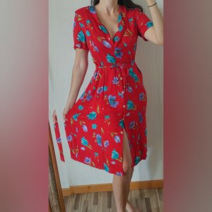 wunderschönes echtes Vintage Kleid Viskose Blumen Knöpfe lang