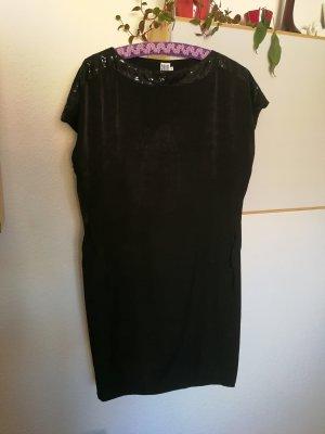 Wunderschönes elegantes Kleid