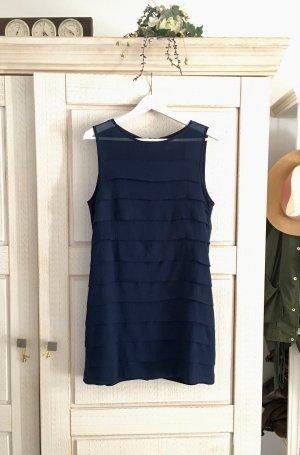Wunderschönes elegantes Kleid von H&M, mit Volant